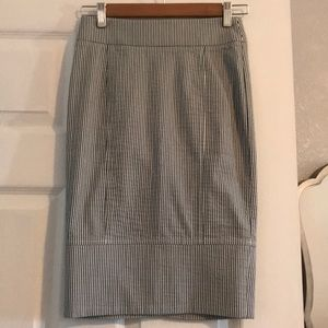 bebe midi Pencil Skirt Size: 0
